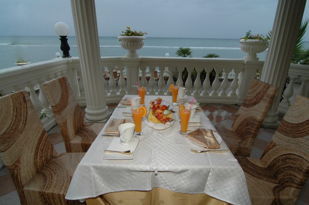 Royal bay restaurant terrace najpovoljnije cene for Royal terrace quarry bay
