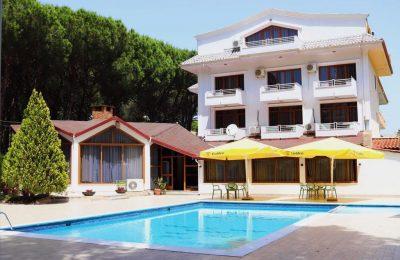 Hotel Pishat e Buta Drač Albanija